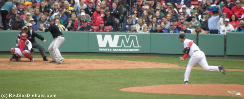 Tim Wakefield pitches to Randy Ruiz, one batter before picking up career strikeout #2000.