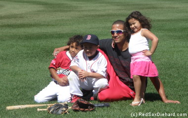 Victor Martinez with his son and daughter plus Big Papi's son.