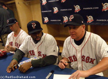 Dan Butler, Jackie Bradley, Jr., and Dave Joppie sign autographs and chat with fans.