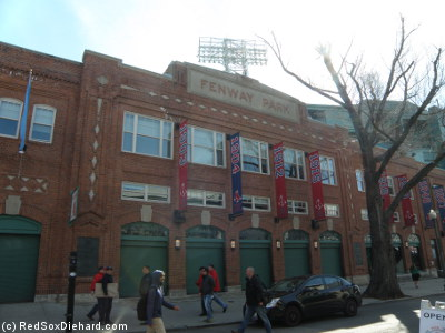 Obligatory Opening Day shot of Fenway's facade. Yawkey Way was quiet at 10 am, but it would soon fill up.